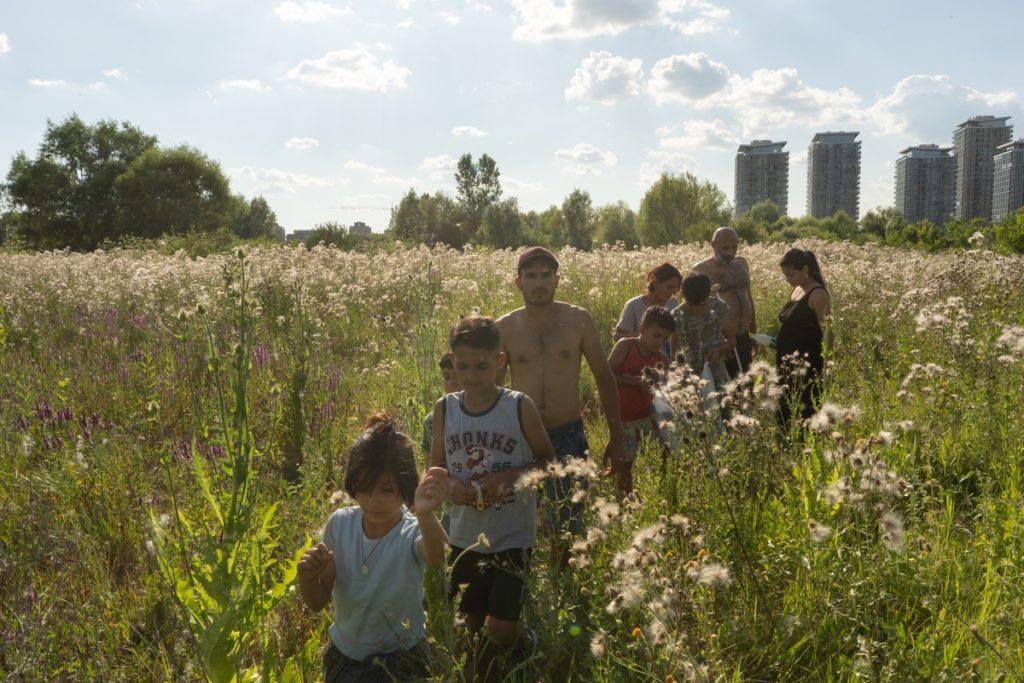Familia Enache în Delta Văcărești foto: Mircea Topoleanu