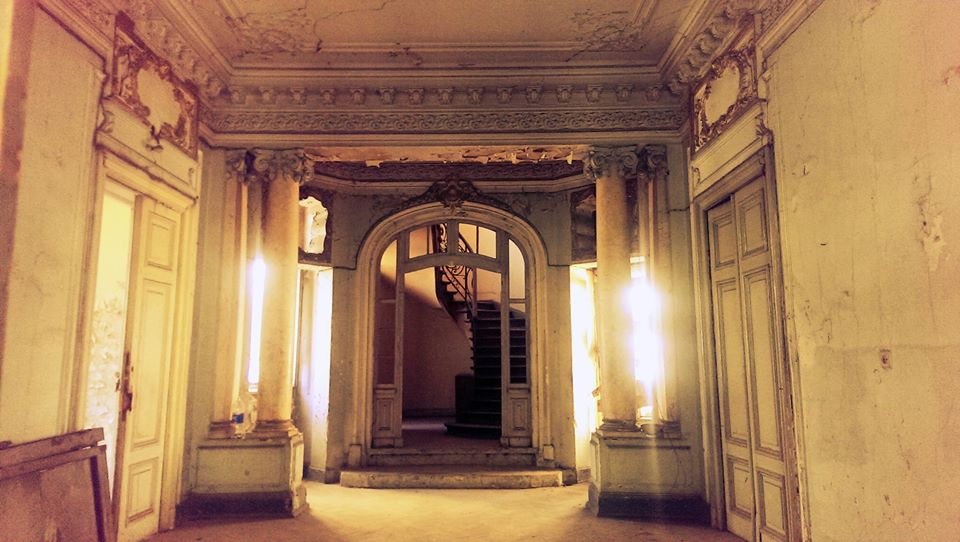 Interiorul Casei Nanu-Muscel înainte de începerea lucrărilor foto: București, frumos mai ești