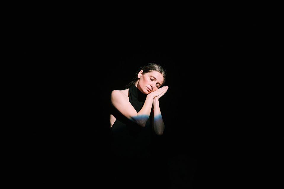 Judith State în spectacolul Emlek