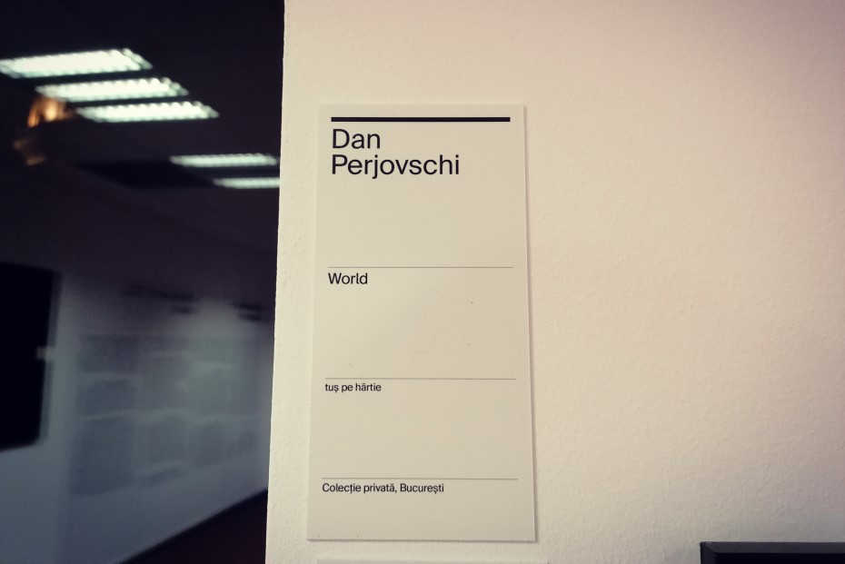 Descrierea lucrării lui Dan Perjovschi la Art Safari/ Foto: Cultura la dubă