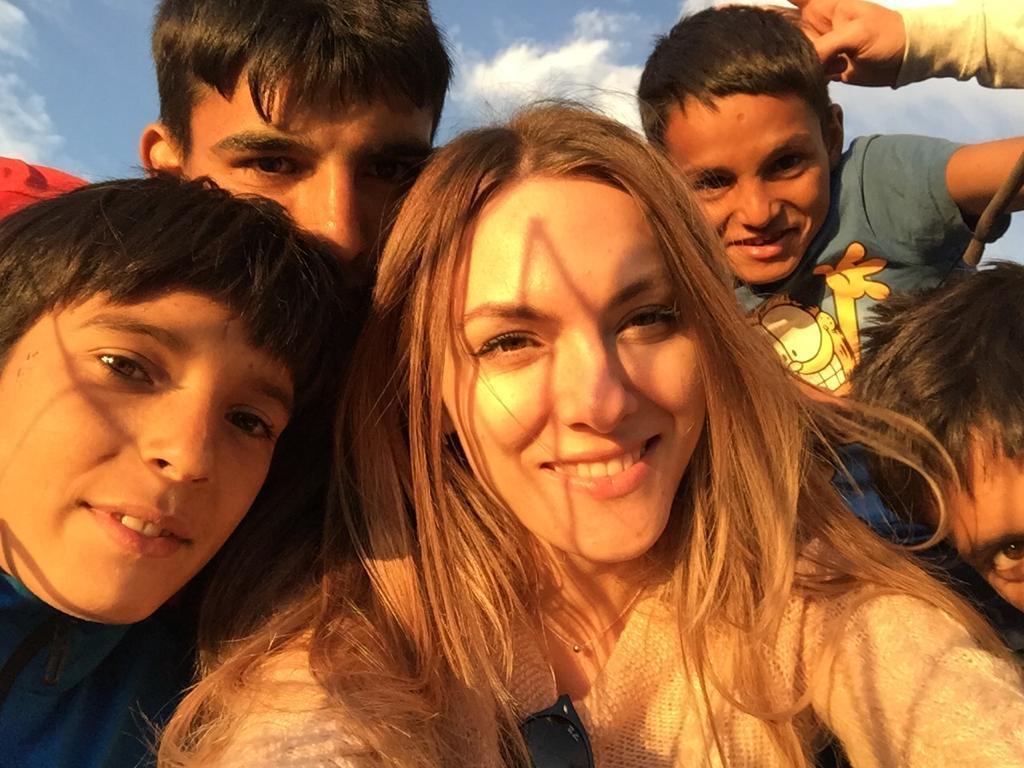 Lina Vdovîi și copiii familiei Enache