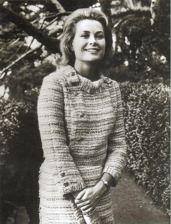 Grace Kelly purtând Chanel