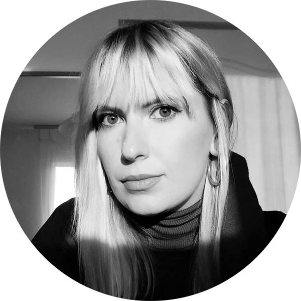 Alexandra Tănăsescu, fondator & redactor șef Cultura la dubă