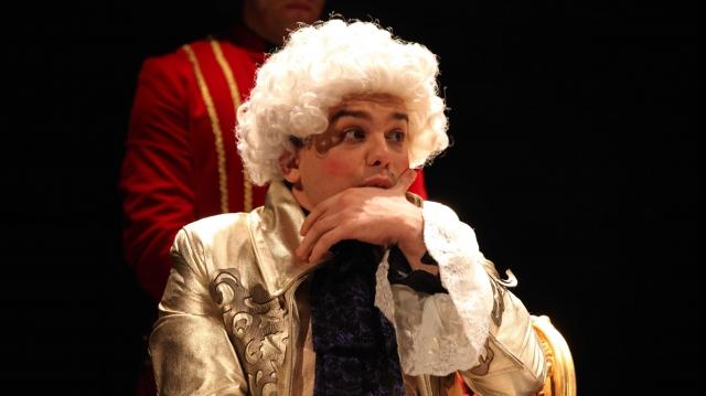 Andrei Huțuleac în rolul Mozart