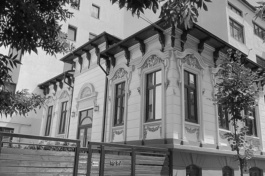Leilei Gallery