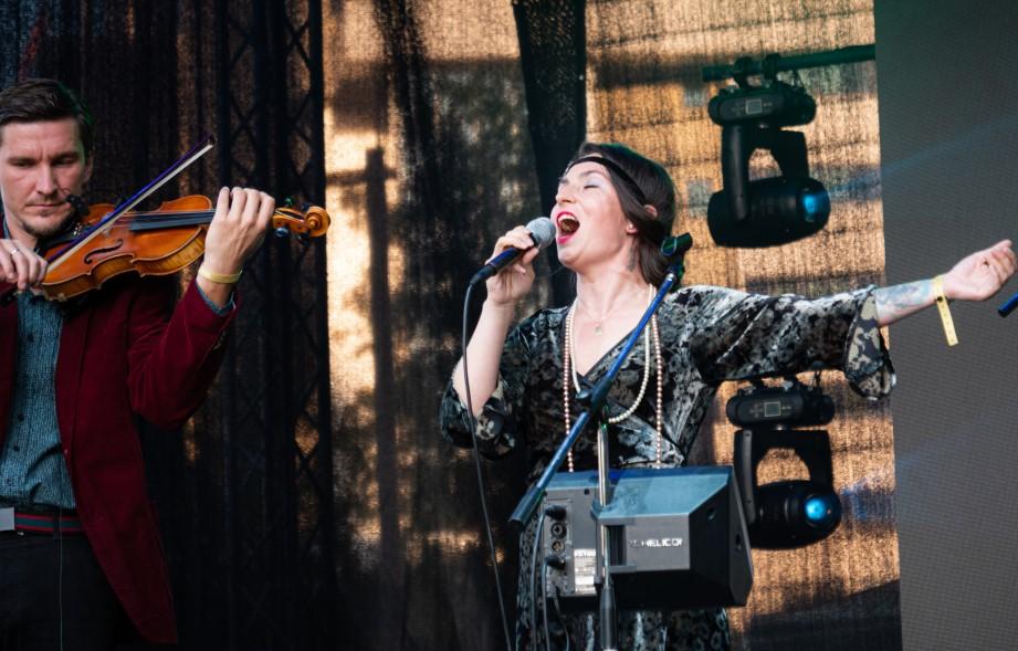 Luiza Zan la Jazz in the Park/ foto: Sorin Tănase/ Cultura la dubă